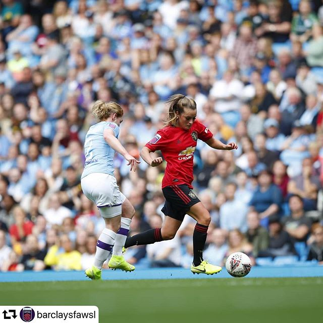 👏👏👏 What an opening weekend for the @barclaysfawsl! Over 31,000 people attended the first ever Manchester Derby and nearly 25,000 were at Stamford Bride for Chelsea vs Tottenham. The previous league attendance record was under 6,000. . . . . 💻📱 Be sure to tune in all season long on the FA Player... free and available worldwide! . .  #repost @barclaysfawsl:  3 1 2 1 3 😍 What a day at Etihad Stadium!
