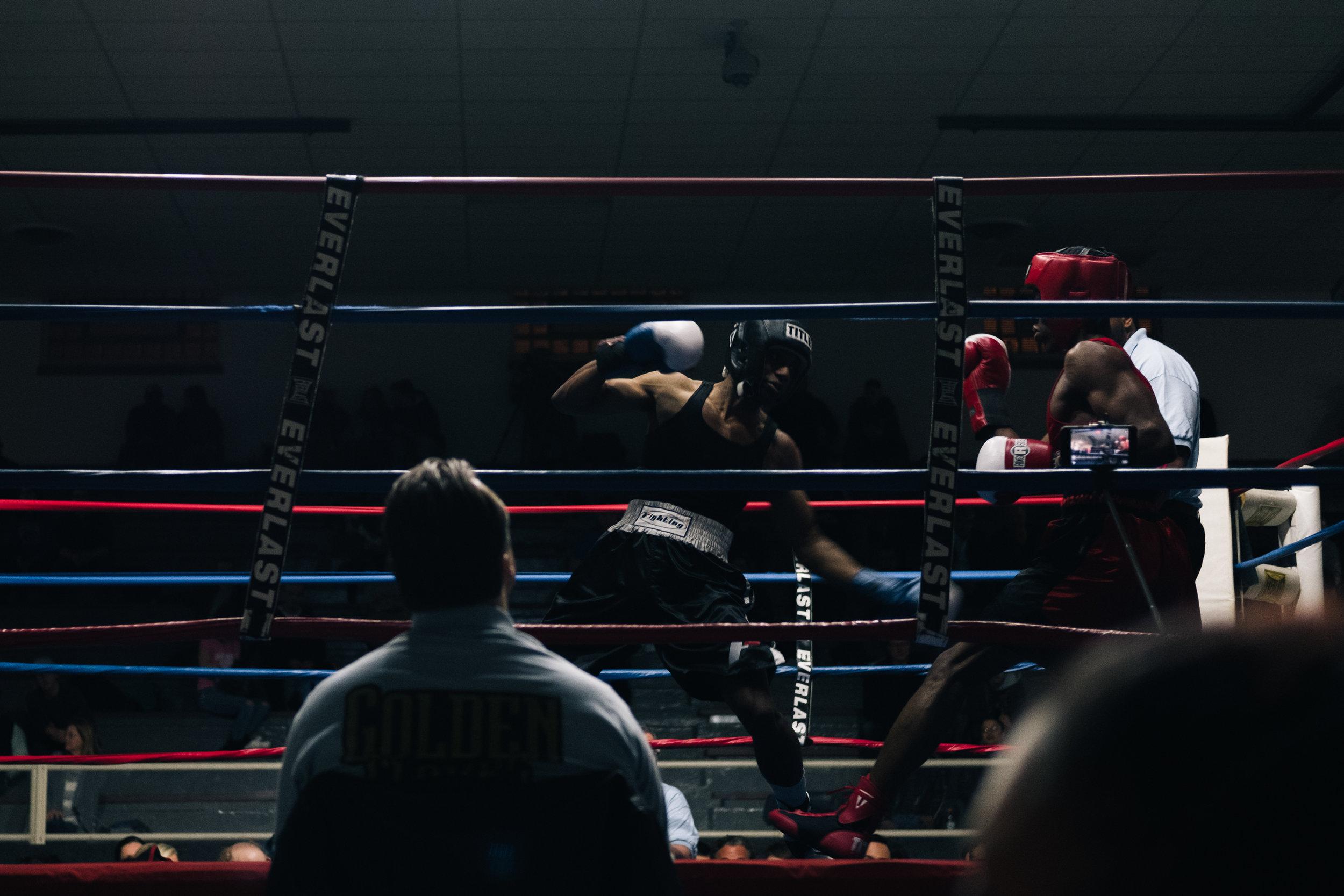 Golden Gloves Chi (14 of 21).jpg