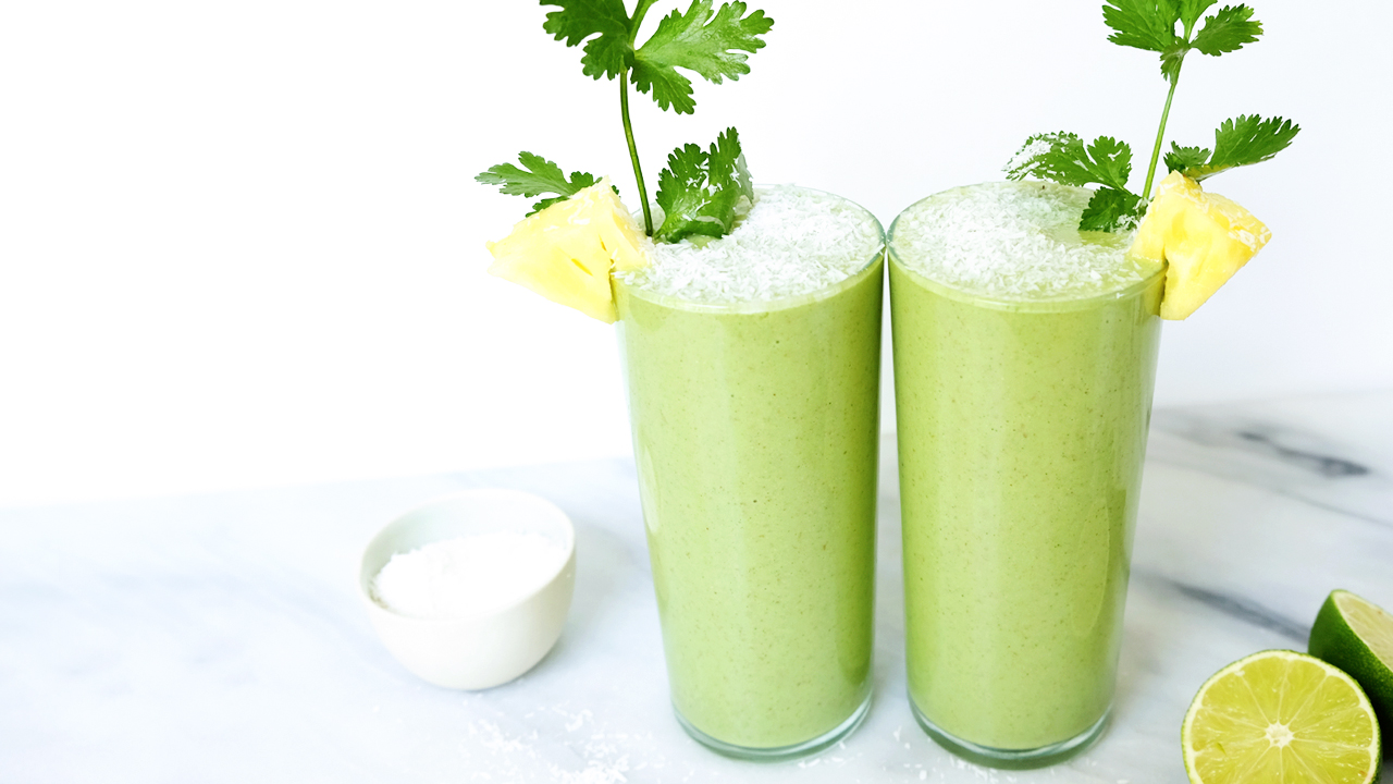 pineapple cilantro smoothie.jpg