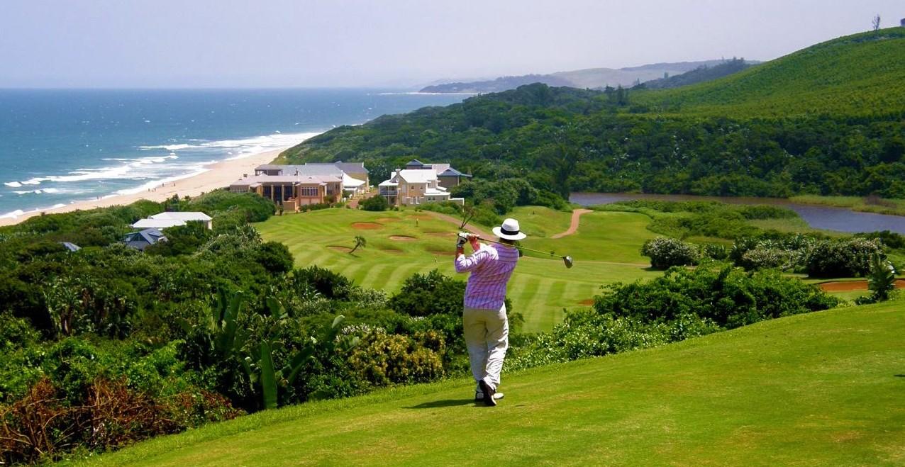 Golf - Le KwaZulu Natal accueille certains des meilleurs terrains de golf Sud-Africains, la région est nommé le «Golf Coast». Certains de ces cours ont remporté des prix à travers le monde.