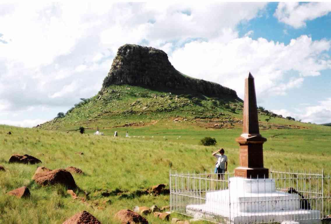 Histoire et Monuments - Le KwaZulu Natal est rempli d'histoire et de monuments. Des batailles zoulous qui ont eu lieu ici il ya des centaines d'années à la défaite célèbre de l'armée britannique à Isandlwana. Ces batailles et guerres ont façonné l'Afrique du Sud que nous connaissons aujourd'hui.