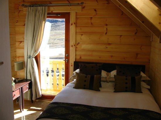 lodge rooms.jpg