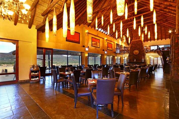 aquila-restaurant021.jpg