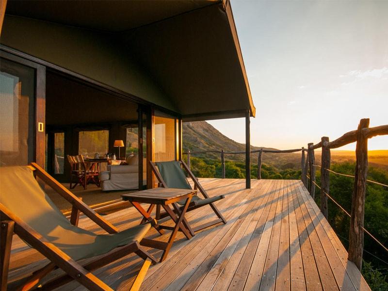 Eastern_Cape_Safari_greater_Addo_accommodation_Amakhala_Game_reserve_HillsNek_Safari_Camp_Exterior_Sunrise_Terrace-min.jpg