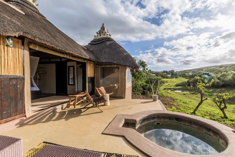 Safari_Lodge_Amakhala_Game_Reserve_Bedroom_View.jpg