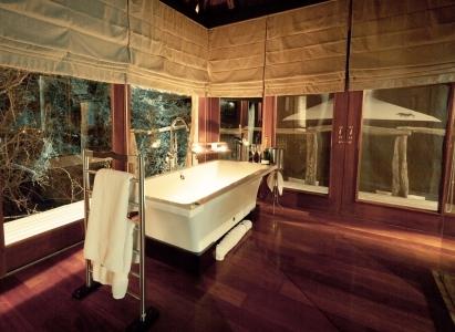 page_17_198_Msenge Bathroom 1.jpg