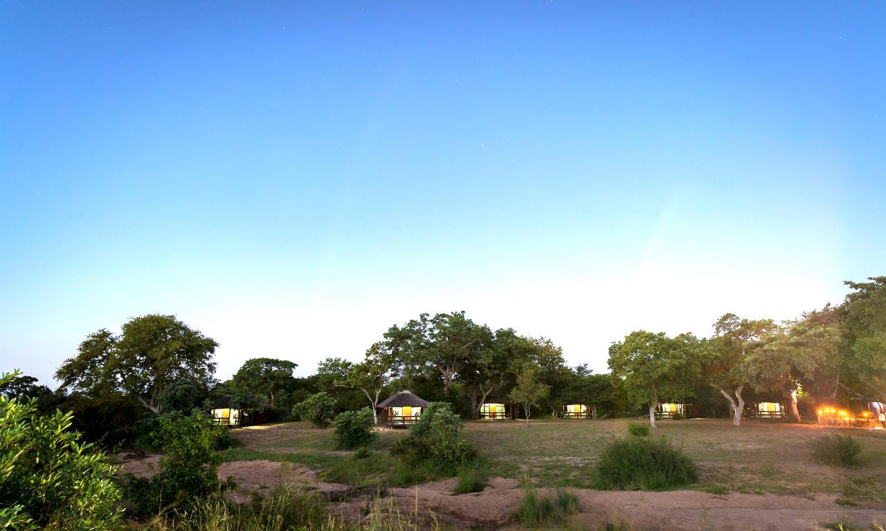 agence_de_voyage_vacance_afrique_safari_le_parc_national_kruger_afrique_du_sud_capoupascap_cap_ou_pas_cap_voyage_safari_tente_de_lux_Shindzela_Tented_safari_camp_01.jpg