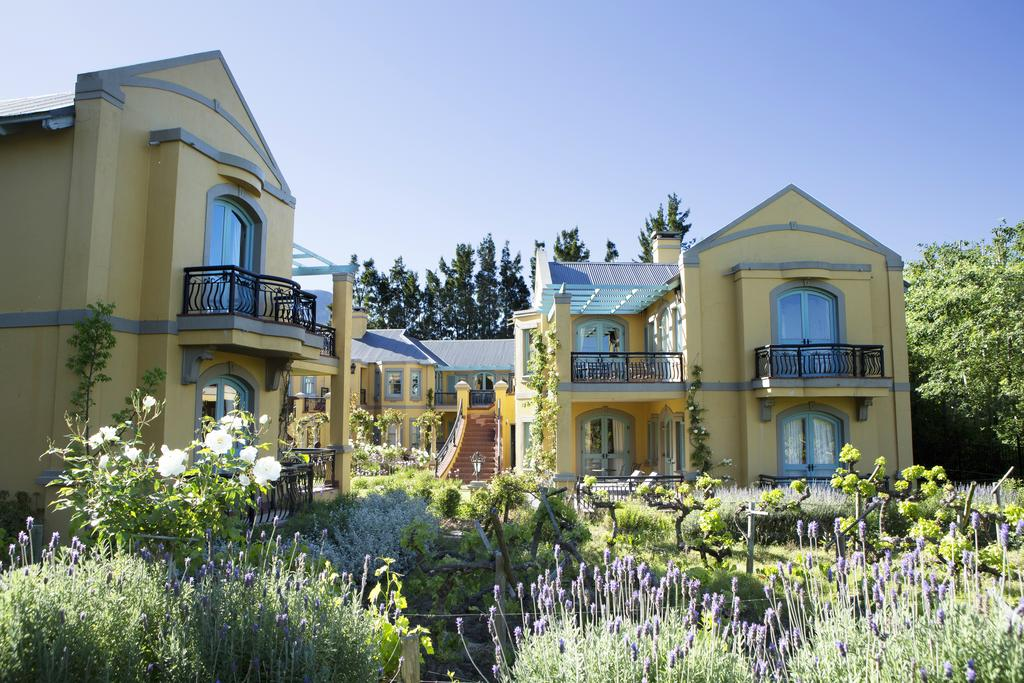 Agence de voyages basée en Afrique. Tours et voyage à Cape Town et les vignobles. Voyage de noces avec CapOuPasCap Voyage1.jpg