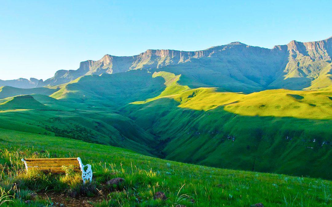 Agence_de_voyages_basée_en_Afrique_Tours_et_voyage_à_Cape_Town_et_les_vignobles_Voyage_de_noces avec_CapOuPasCap_Voyage_drakensberg4.jpg