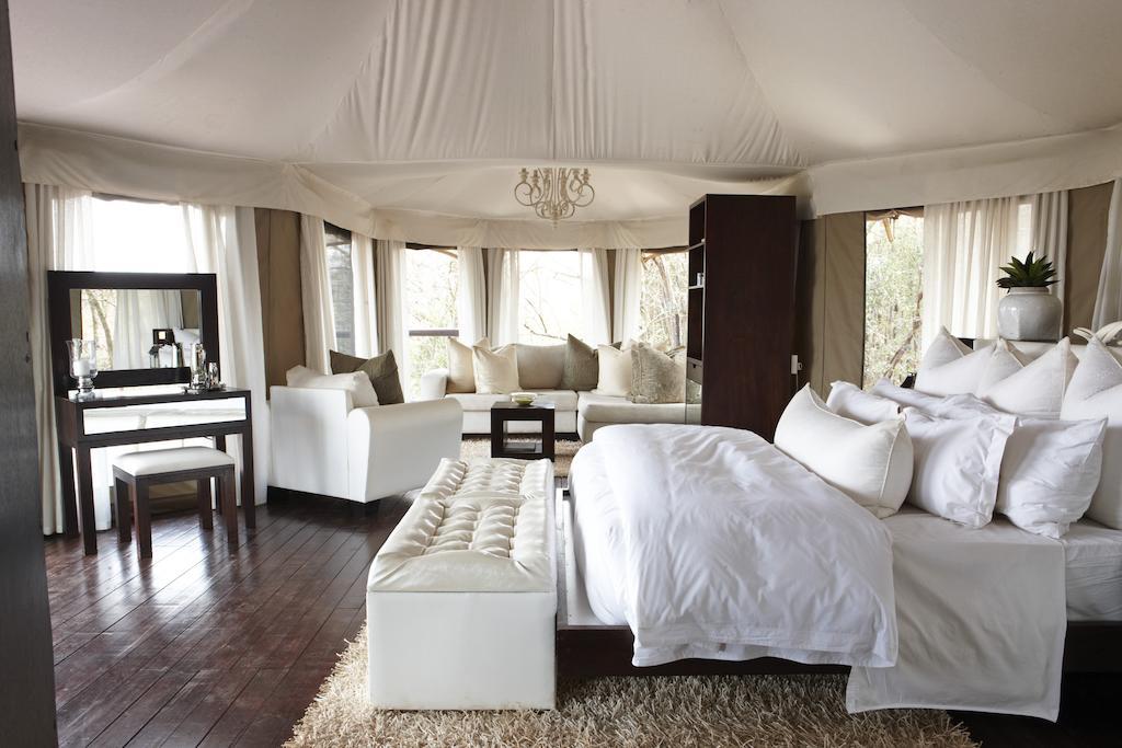 Agence_de_voyages_basée_en_Afrique_Tours_et_voyage_à_Cape_Town_et_les_vignobles_Voyage_de_noces avec_CapOuPasCap_Voyage_Durban_Thanda.jpg