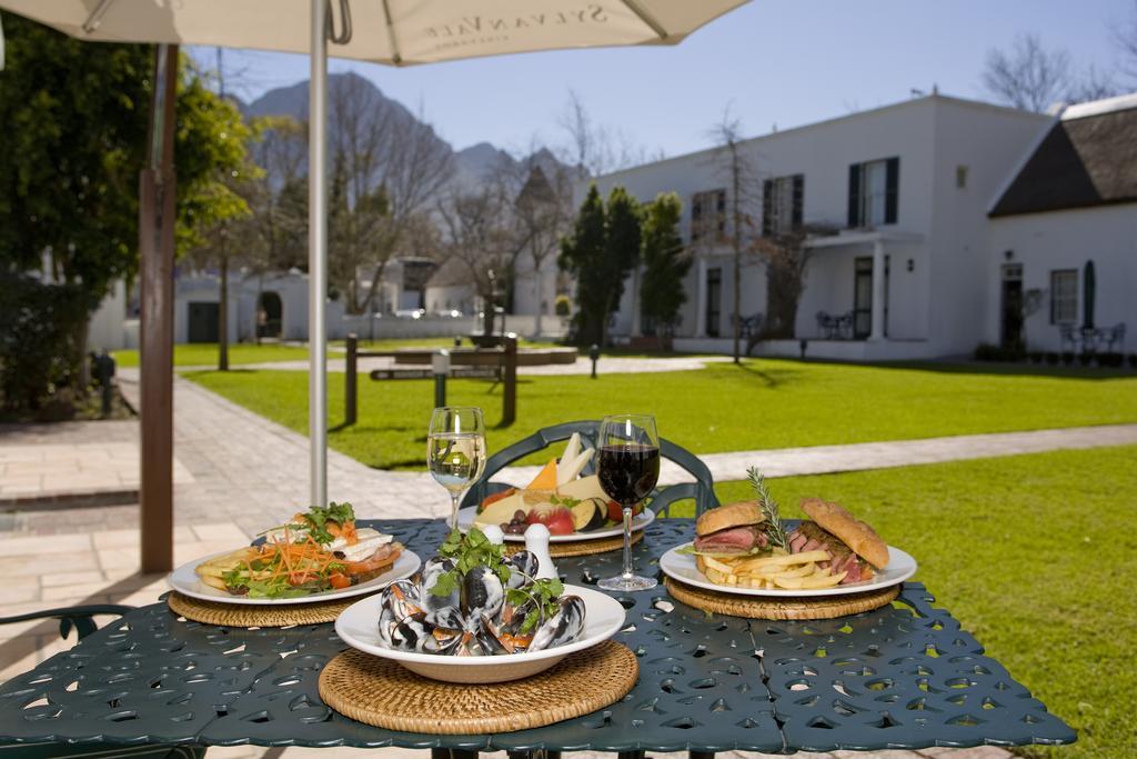 Agence_de_voyages_basée_en_Afrique_Tours_et_voyage_à_Cape_Town_et_les_vignobles_Voyage_de_noces avec_CapOuPasCap_Voyage_Winelands_Somerset West_Erinvale hotel9.jpg