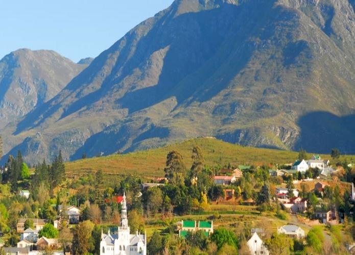 Agence_de_voyages_basée_en_Afrique_Tours_et_voyage_à_Cape_Town_et_les_vignobles_Voyage_de_noces avec_CapOuPasCap_Voyage_La_Route_Des_jardins_Swellendam_1.jpg