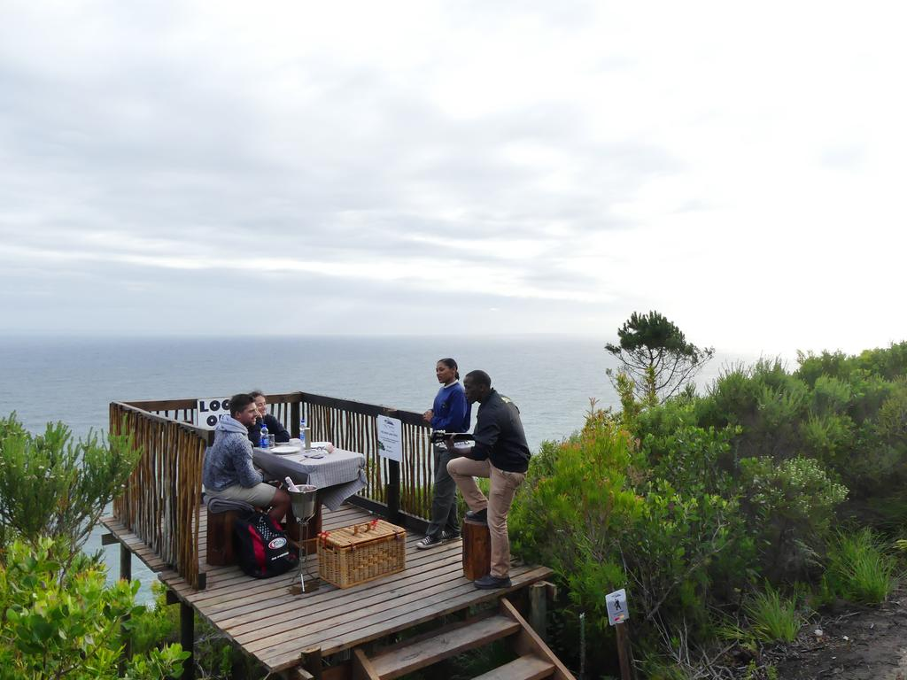 Agence_de_voyages_basée_en_Afrique_Tours_et_voyage_à_Cape_Town_et_les_vignobles_Voyage_de_noces avec_CapOuPasCap_Voyage_la_route_des_jardins_Storms river4.jpg