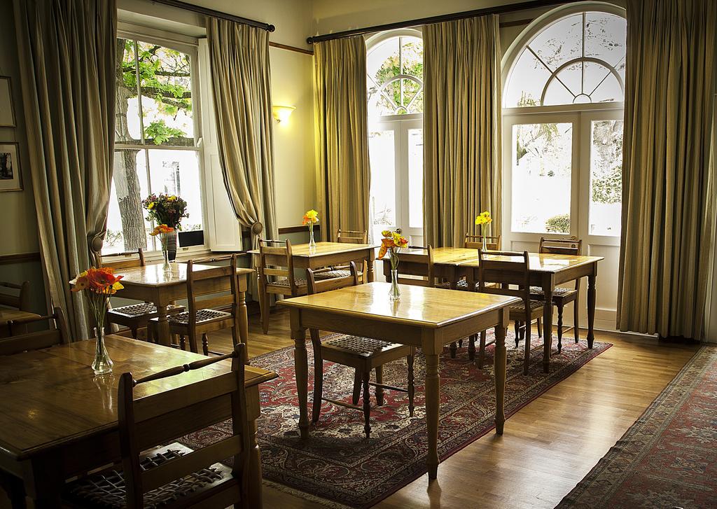 Agence_de_voyages_basée_en_Afrique_Tours_et_voyage_à_Cape_Town_et_les_vignobles_Voyage_de_noces avec_CapOuPasCap_Voyage_Corner house_Cape Town_Le cap_The commodore Hotel7.jpg