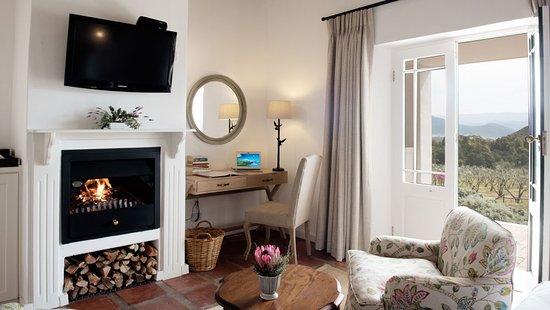 Agence_de_voyages_basée_en_Afrique_Tours_et_voyage_à_Cape_Town_et_les_vignobles_Voyage_de_noces avec_CapOuPasCap_Voyage_Corner house_Cape Town_Le cap_monagu7.jpg