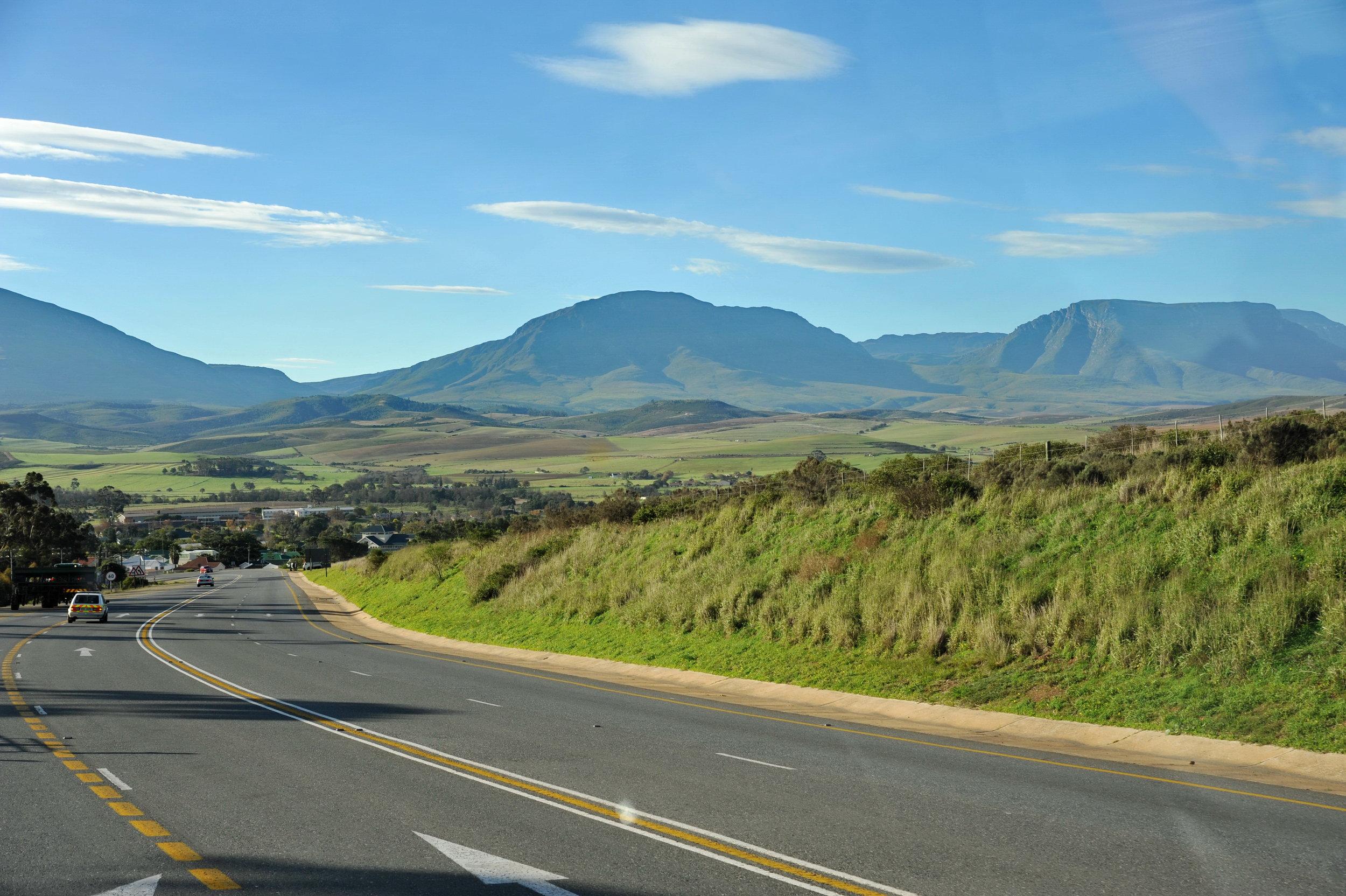 Agence_de_voyages_basée_en_Afrique_Tours_et_voyage_à_Cape_Town_et_les_vignobles_Voyage_de_noces avec_CapOuPasCap_Voyage_la_route_des_jardins_riversdale2.jpg