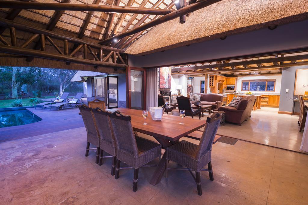 Agence locale pour Circuits, safaris et destinations en Afrique. Nous répondons à votre budget et vos besoins. Safaris en famille et visites guidées_Ane_hluhluwe hotel8.jpg