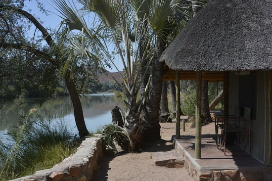 omarunga-lodge-campsite.jpg