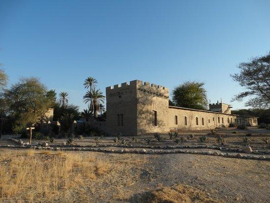 fort-sesfontein-lodge.jpg