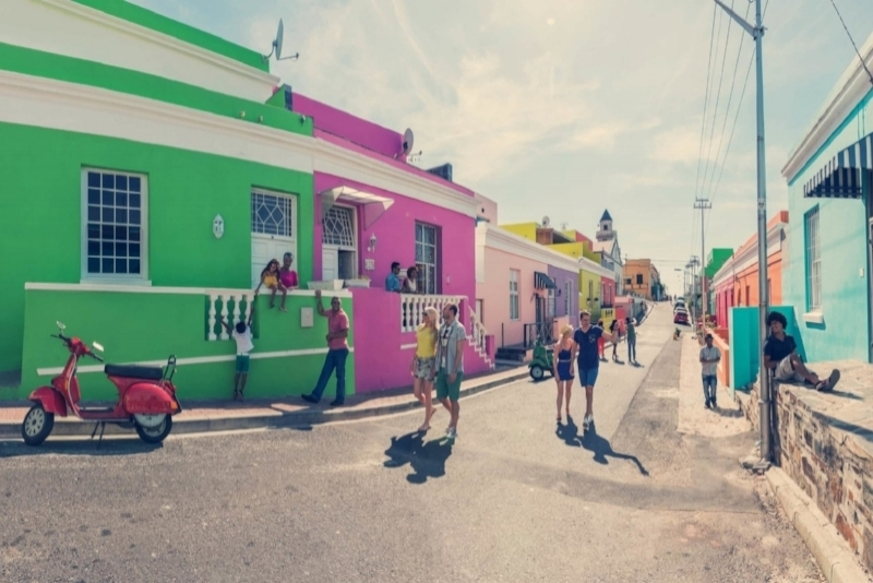 The Mother City - Découvrez l'incroyable ville de Cape Town et ses alentours à travers cet itinéraire authentique. Le Cap est parfait pour tous les types de voyageurs. Visitez le Cap comme un local, montez au sommet de Table Mountain, mangez dans un