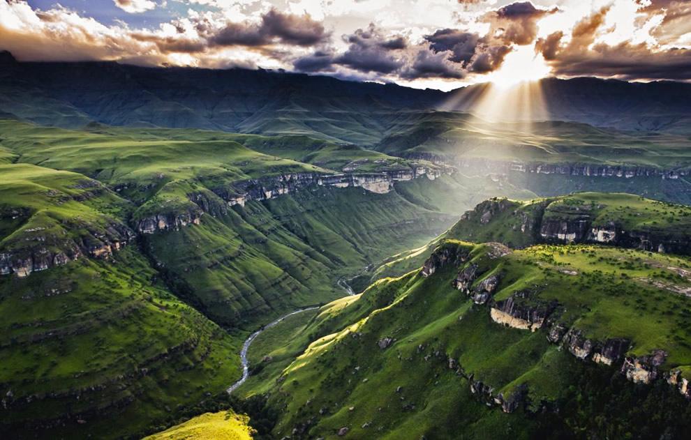 Agence_de_voyages_basée_en_Afrique_Tours_et_voyage_à_Cape_Town_et_les_vignobles_Voyage_de_noces avec_CapOuPasCap_Voyage_drakensberg6.jpg