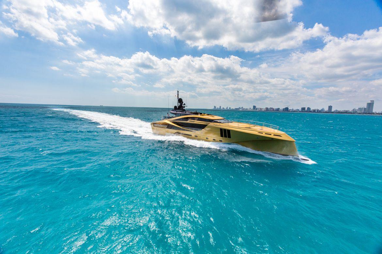 KHALILAH-Yacht-Palmer-Johnson-3.jpg