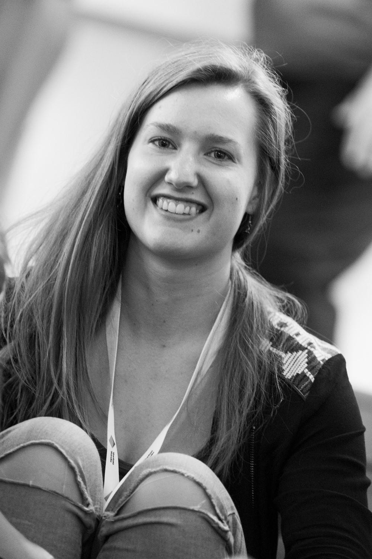 Jenni Väisänen   Jenni Väisänen has been in the heart of the communal movement of Myyrmäki since 2013. Jenni is a real powerhouse when it comes to producing events, educating youth, coordinating projects and inspiring others. Besides bringing colour and colourful events to Vantaa Jenni enjoys a funky beat to dance on and the serenity of Finnish nature on a long trek.   Yhteisöpedagogi ja tuottaja Jenni Väisänen on ollut Myyrmäen yhteisöllisen liikkeen ytimessä vuodesta 2013. Jenni on Street Art Vantaan sinnikäs osaaja tapahtumatuottamisen, toiminnan ohjaamisen, nuorten opettamisen ja asukkaiden innostamisen takana.    Humakin    kasvatti rakastaa kaupunkikuvan elävöittämisen lisäksi pitkiä vaellusretkiä luonnossa ja mehevää rytmiä, jonka tahdissa tanssia.   Photo: Piia Pippuri   Contact / Ota yhteyttä:  jenni(at)myrtsi.fi