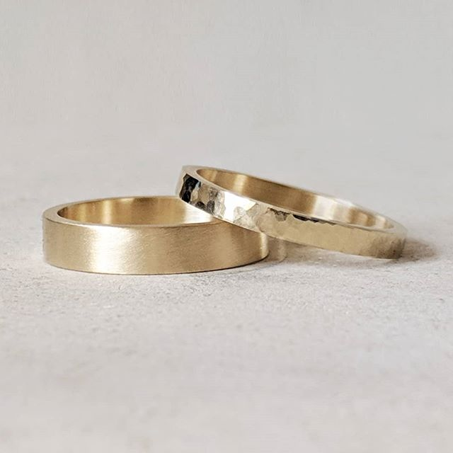 Hammered and brushed 18ct yellow gold wedding bands ready for collection!✨ * * * #gold #bespoke #weddingrings #weddingbands #goldsmith #hammered  #satin #brushed #ido #wedding #hisandhers #hisandhis #hersandhers #goldsmith #bespokejewellery #bespokejewelry #showmeyourrings