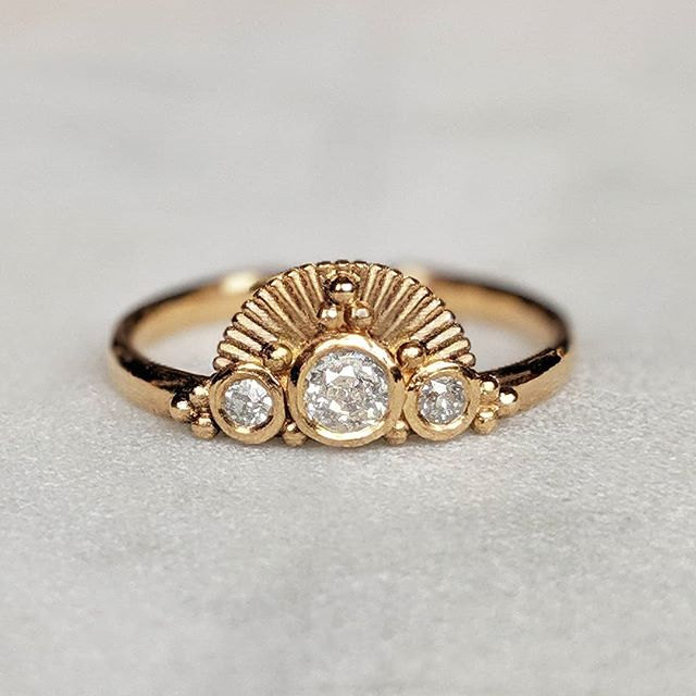 This little ray of sunshine 🌞.....a completely unique, bespoke engagement ring, remodelled from our customers inherited gold and diamonds ✨  #engagementring #diamondring #alternativeengagementring #heirloomdiamonds #oldgold #recycledgold #oneofakind #gold #bespokejewellery #jeweller #shesaidyes #💍 #💎 #bristoljeweller #bespokedesign #originaldesign