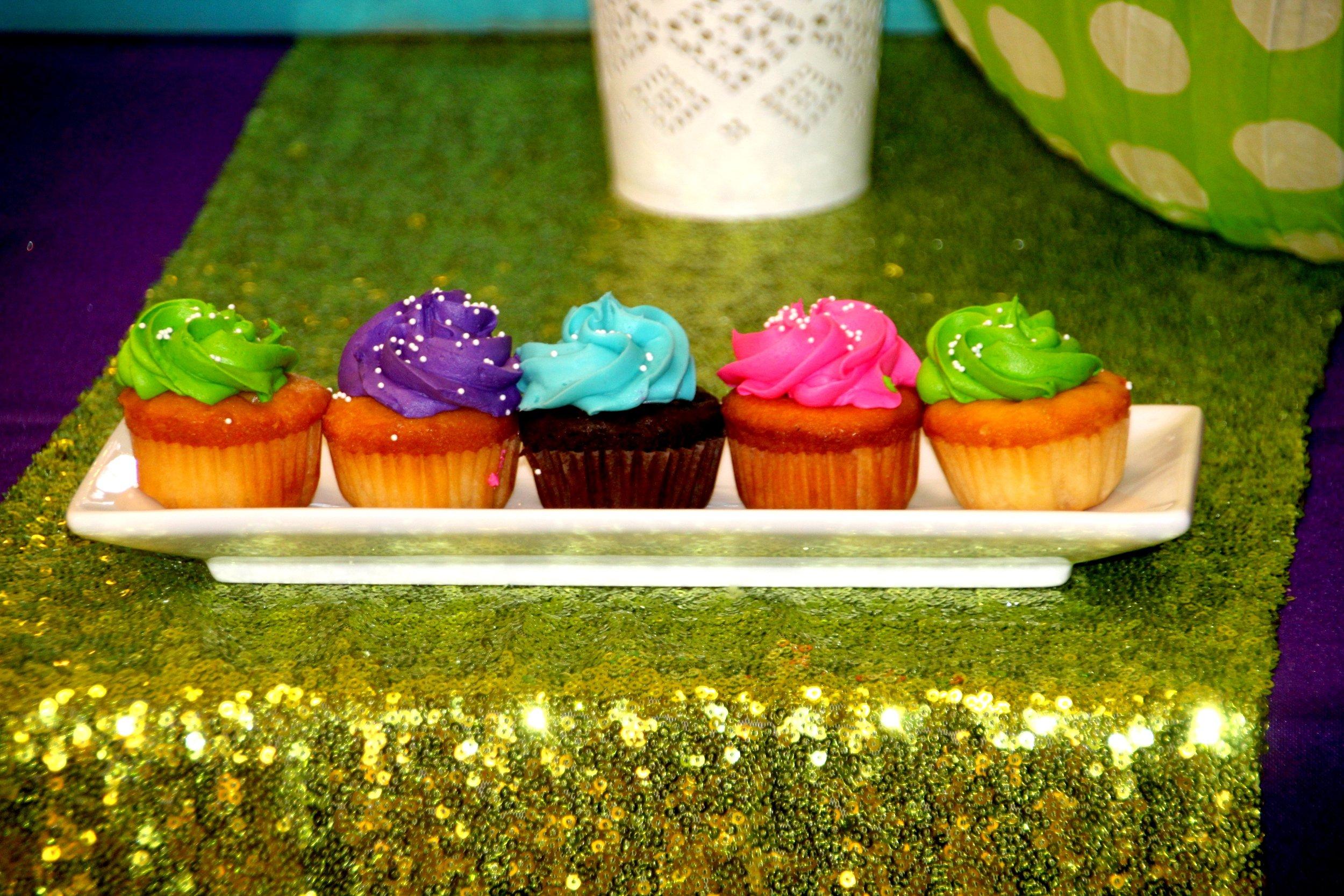 Jarrett stuffed cupcakes in custom colors