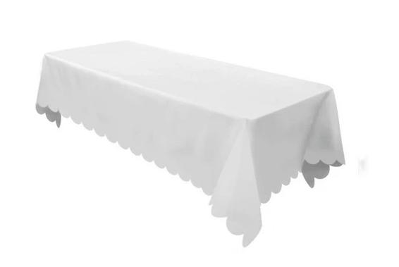 White Scalloped Woven Tablecloth