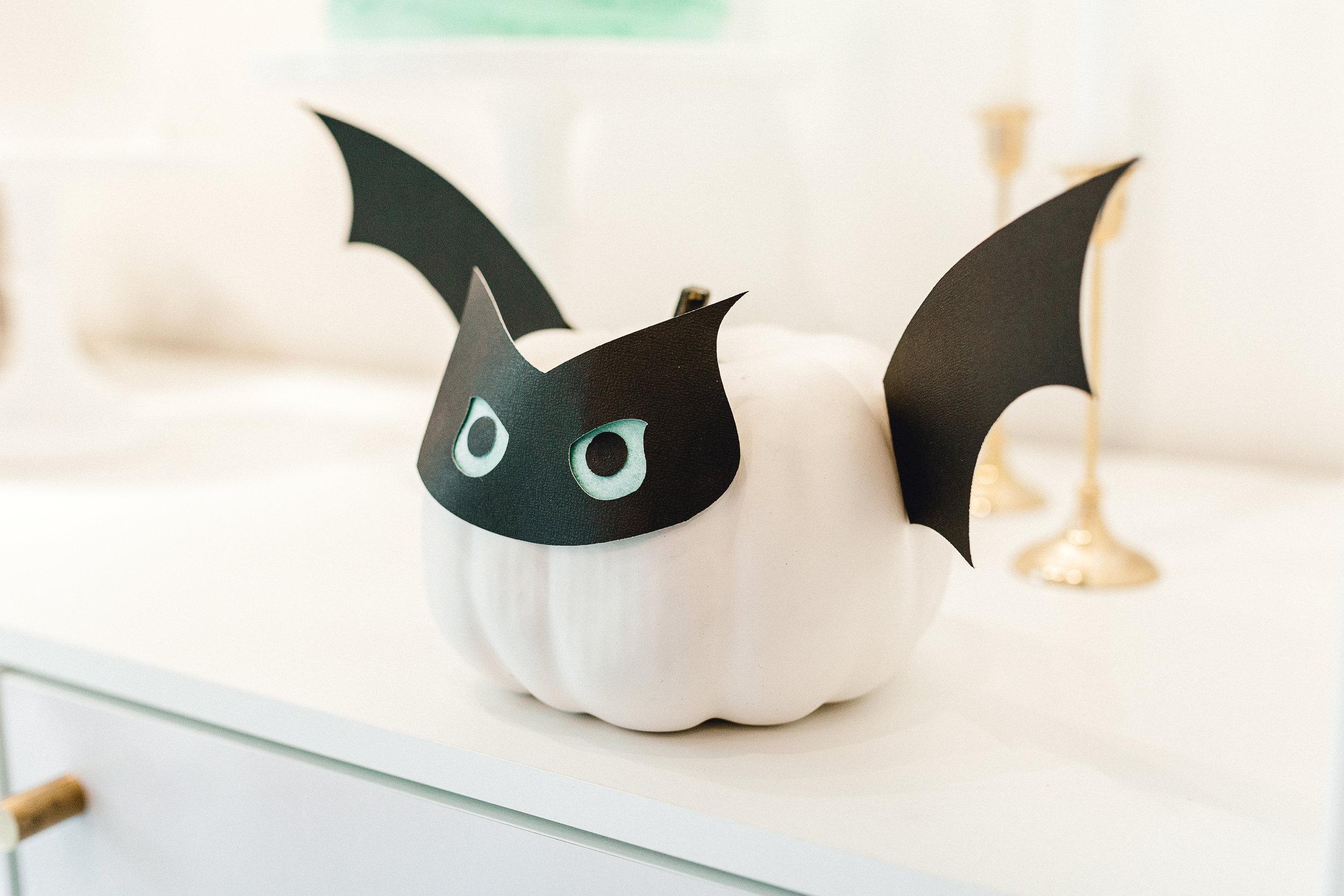 Bat pumpkin craft