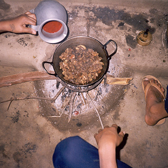 We are given 6 items every 14 days. The six items are rice, lentils, chickpeas, oil, sugar and salt.    Dil / PhotoVoice / LWF
