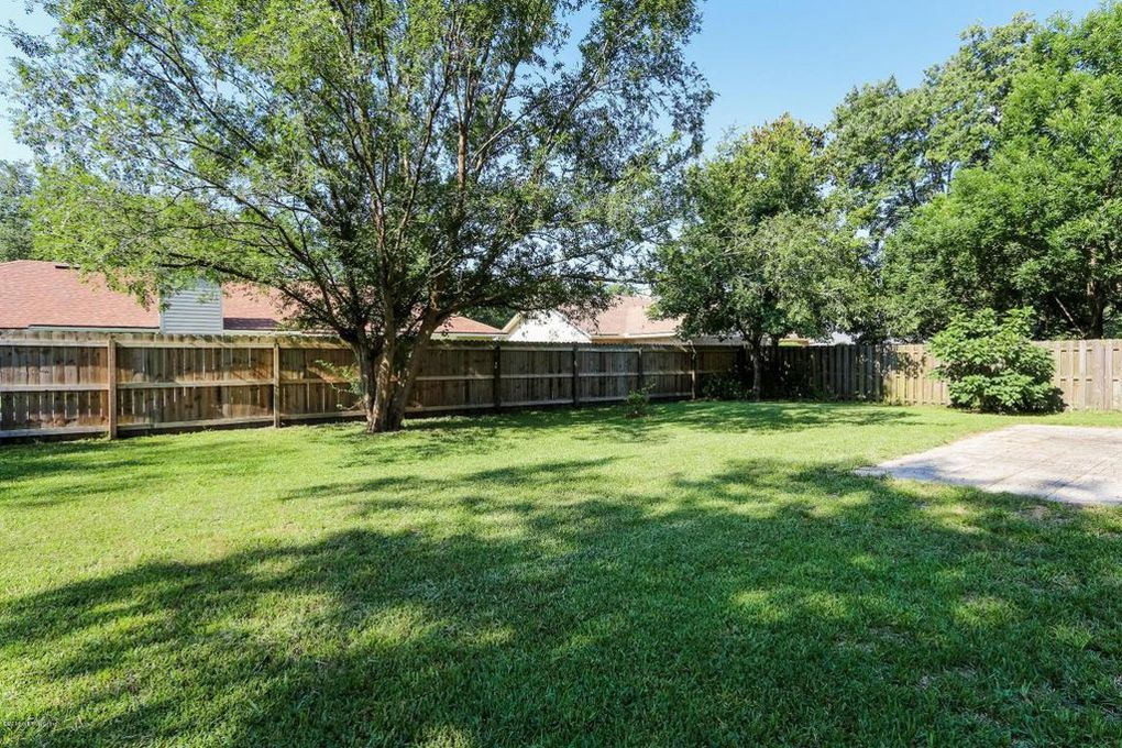 Expansive Backyard - Jacksonville Florida House for Sale