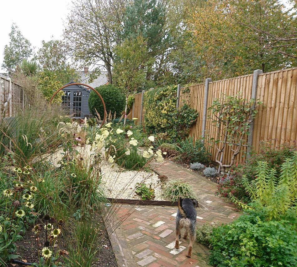 Modern Cottage Style Bowercot Garden Design