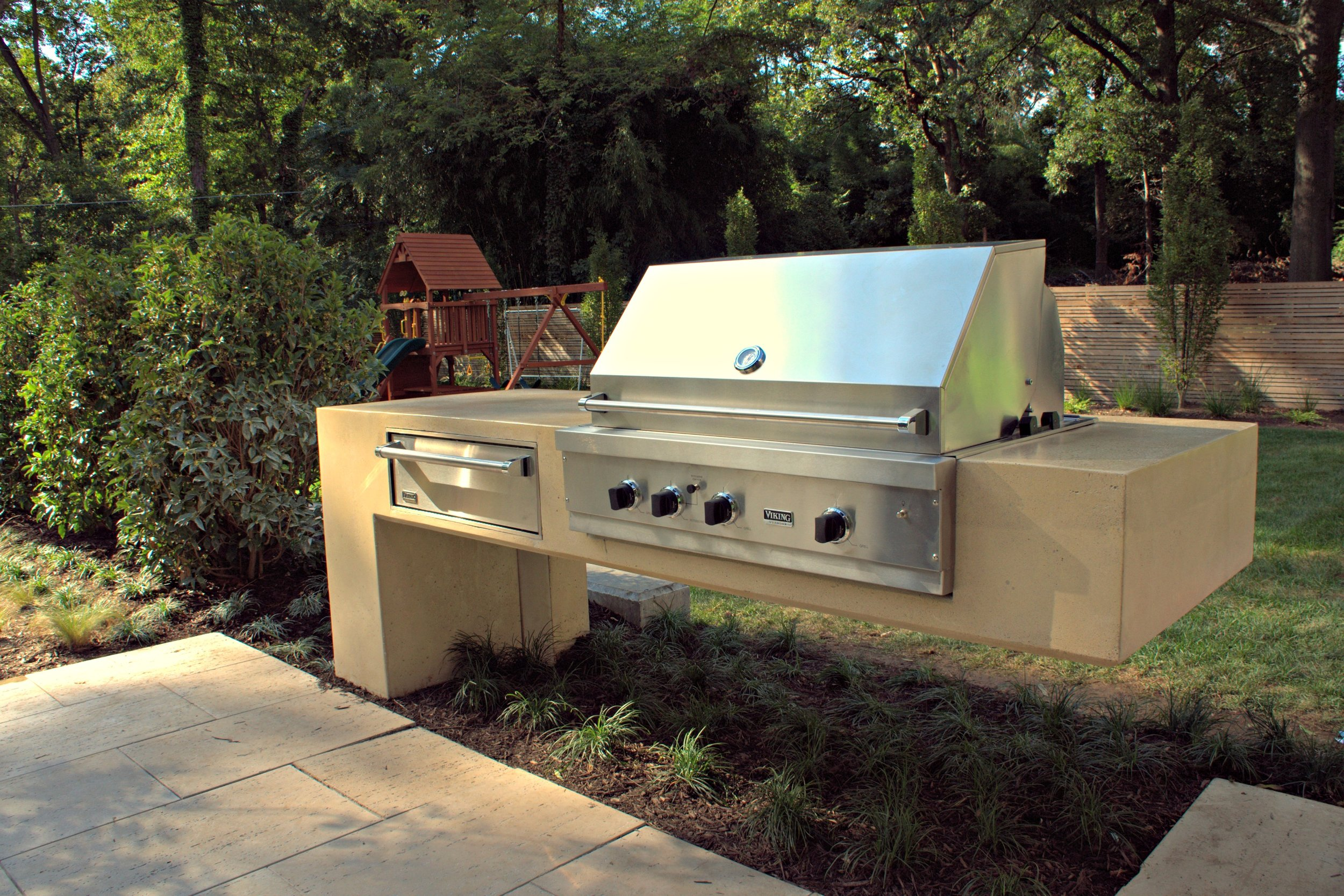 CANTILEVER grill station -
