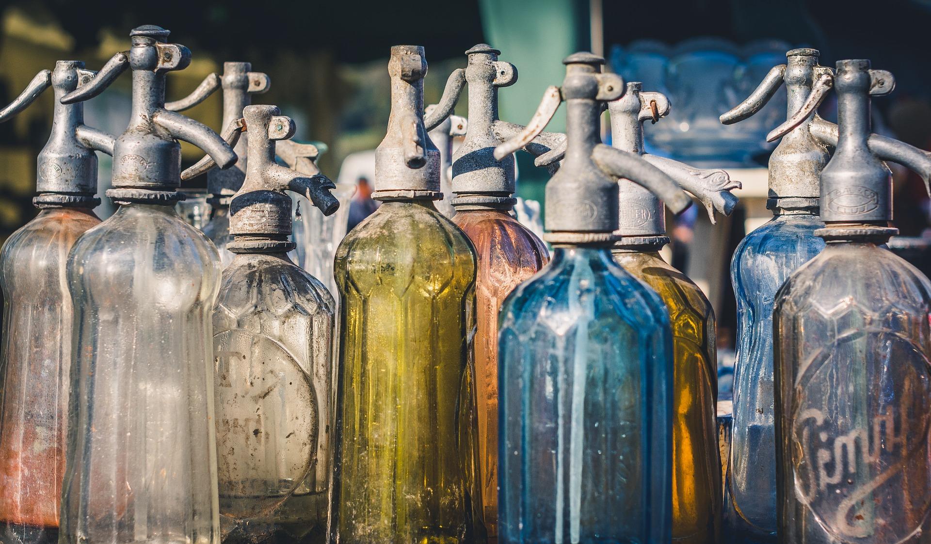seltzer bottles.jpg