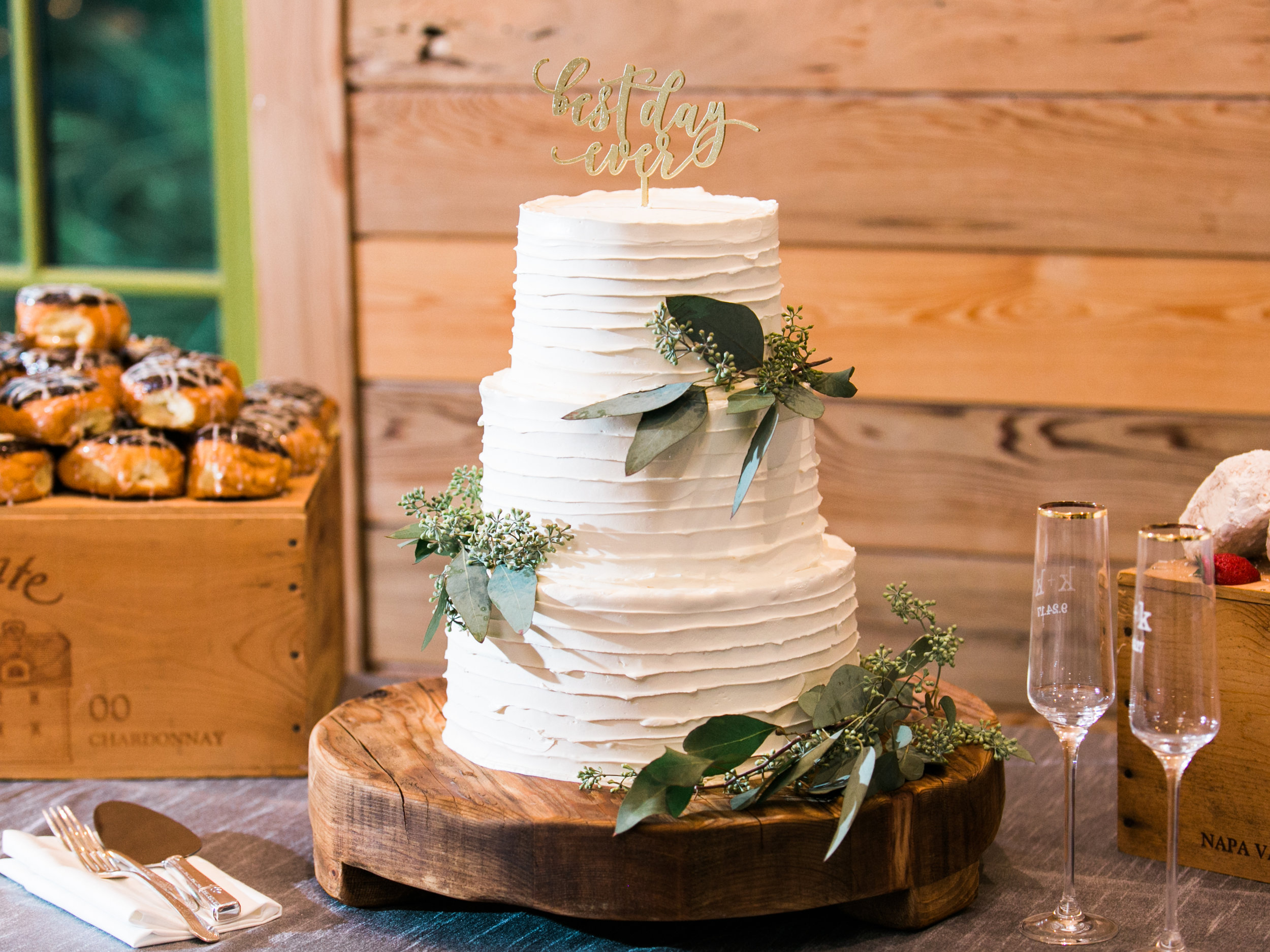 Our wedding cake was one layer of carrot cake, one Italian cream cake and one Almond Joy-inspired... aka the cake of my dreams. I surprised Kurt at the reception with chocolate and peanut butter donuts as his grooms cake.