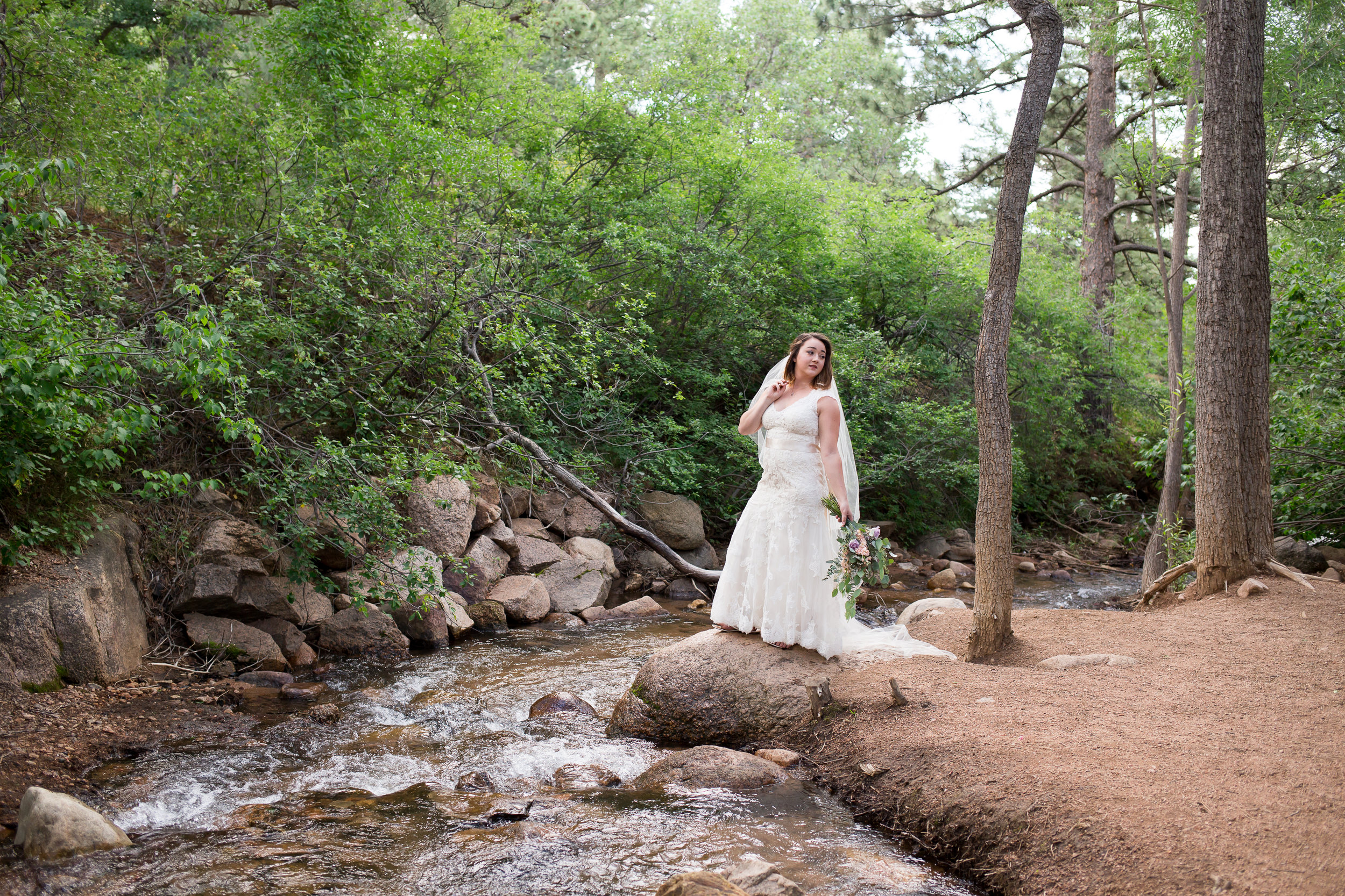 Deanna Bridal Session-3578.jpg