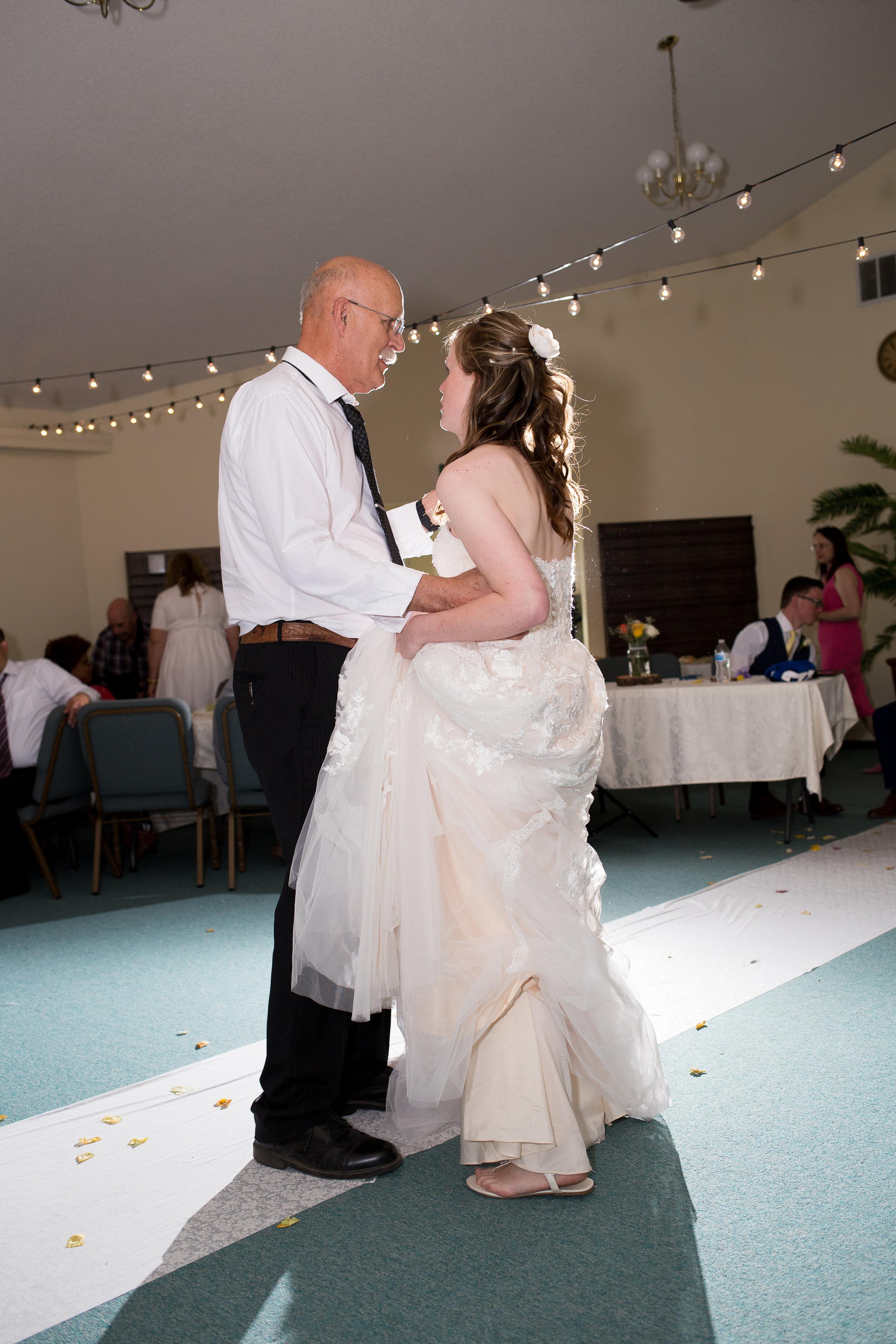 Zach & Aryn Wedding-2058.jpg