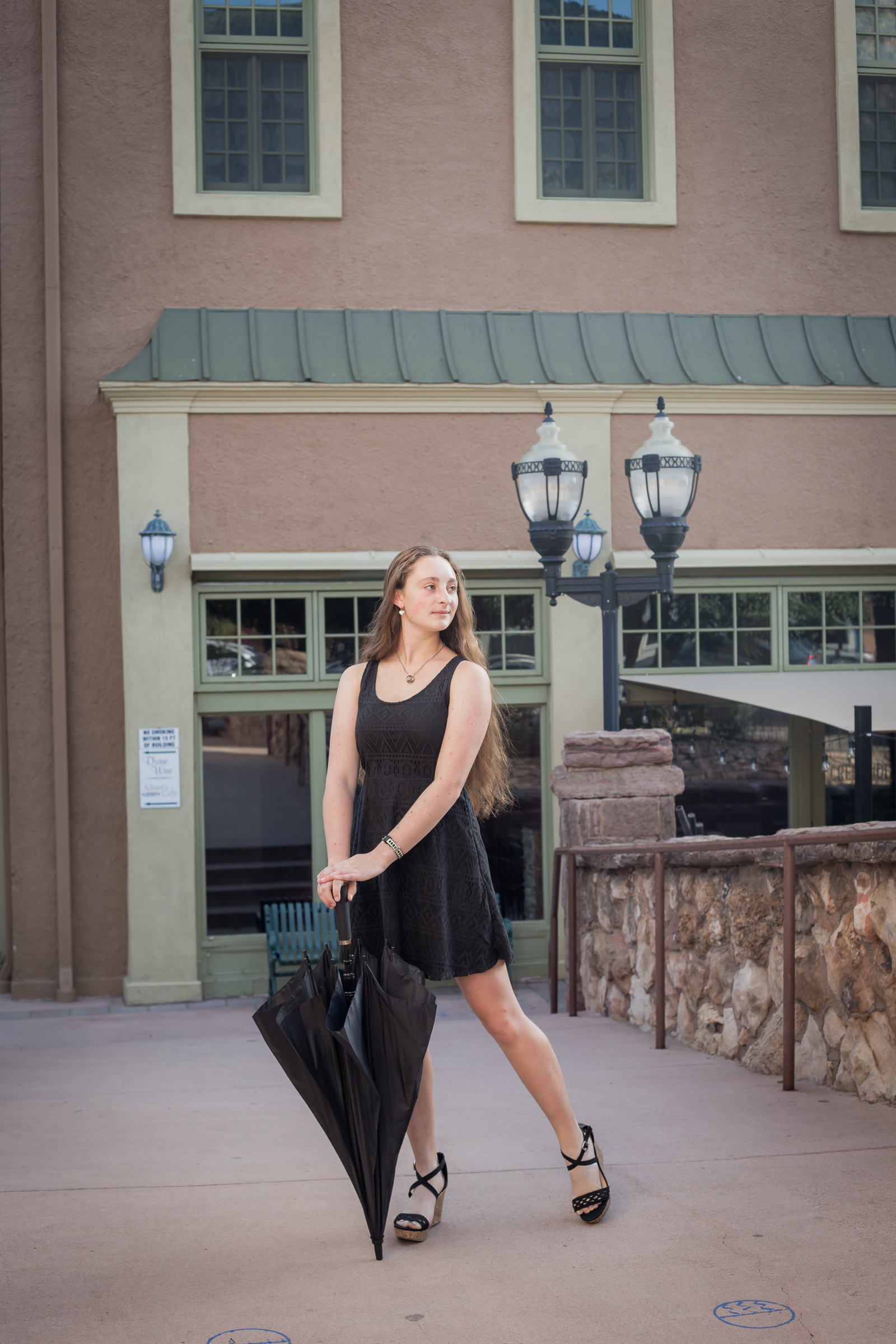 Colorado Springs High School Senior Session in Manitou Springs | Stacy Carosa Photography | Colorado  Springs Senior Portrait Photographer