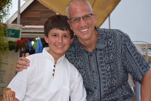 With my man Judge Baskin, at the Siem Reap Night Art Market.