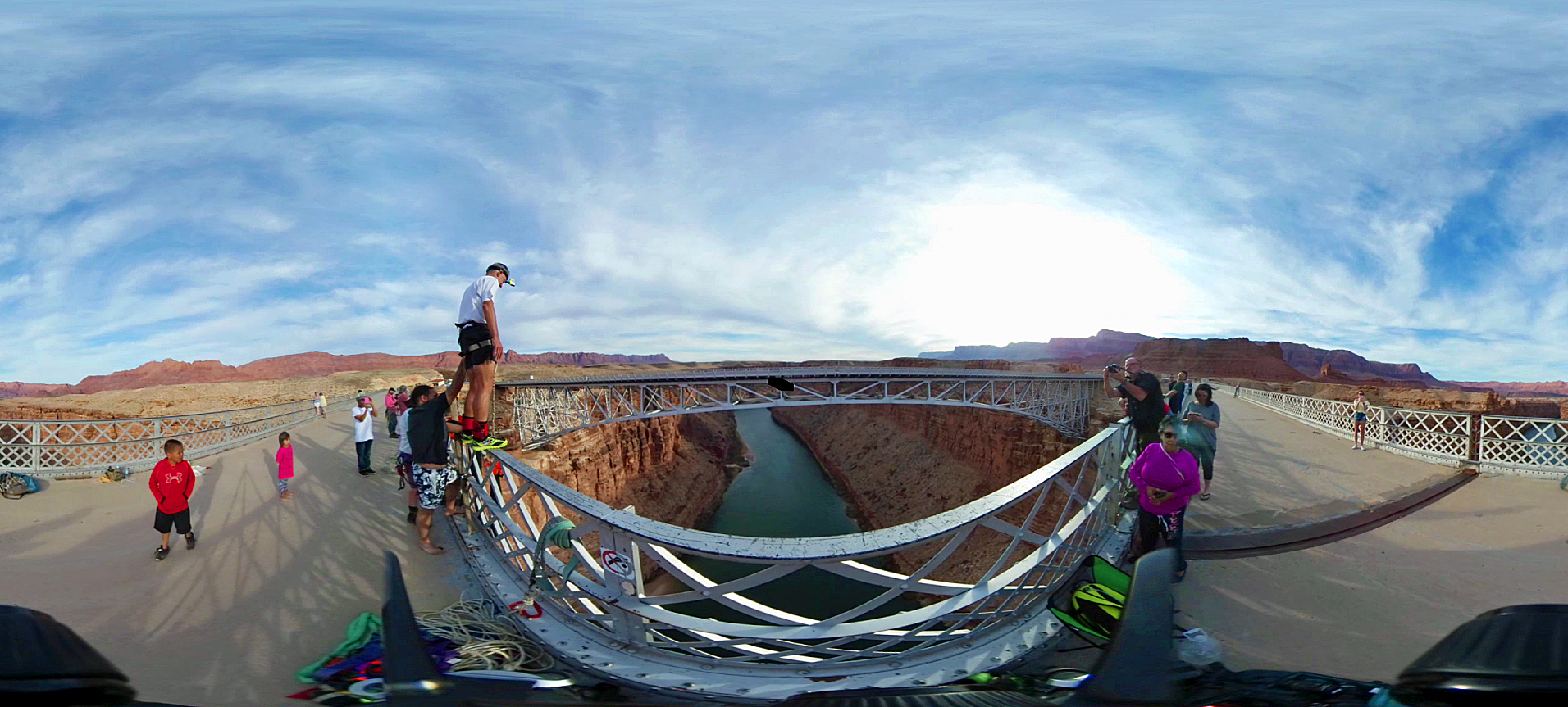 Navajo Bridge Bungee Jump - Grand Canyon - Arizona. Snapshot from my Samsung 360 (video).