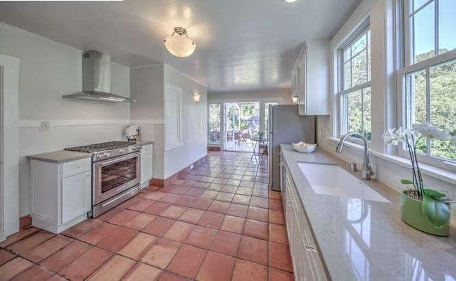1541channingway_kitchen.jpg
