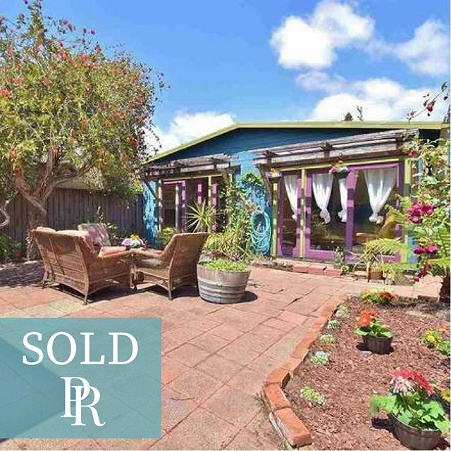Congrats to our Buyers who are proud new owners of their home sweet home in #alameda⠀ ⠀ 2262 Clinton Ave, Alameda, CA⠀ 1 Bed | 1 Ba | 666SF⠀ Sold for $725,000⠀ Buyer Representation⠀ ⠀ Secret Garden Bungalow with permitted extra cottage in rear of lot. Office, art studio, retreat?? Beautiful landscaping in fenced yard, single car garage. Great location!⠀ ⠀ Next Level East Bay Real Estate! ⠀ ⠀ PATTY ROGERS | The Grubb Co. | Broker Associate, BRE#00669968 ⠀ ⠀ Connect with Patty  Link in Bio⠀ ⠀ ⠀ ⠀ ⠀ #2262clinton #alamedahomes #eastbayrealestate #pattyrogers #brokerassociate #eastbayrealtor #eastbaybroker #eastbaylife #realtorlife #sanfranciscoeastbay #realestate #dreamhome #sold #realtor #justsold #curbappeal #homebuyer #homesales #newhome #househunting #modicumofcharm #igotyourback #thegrubbcompany #thegrubbco #aroundtheblock #40yearsinrealestate #hiphomes #NoBS⠀