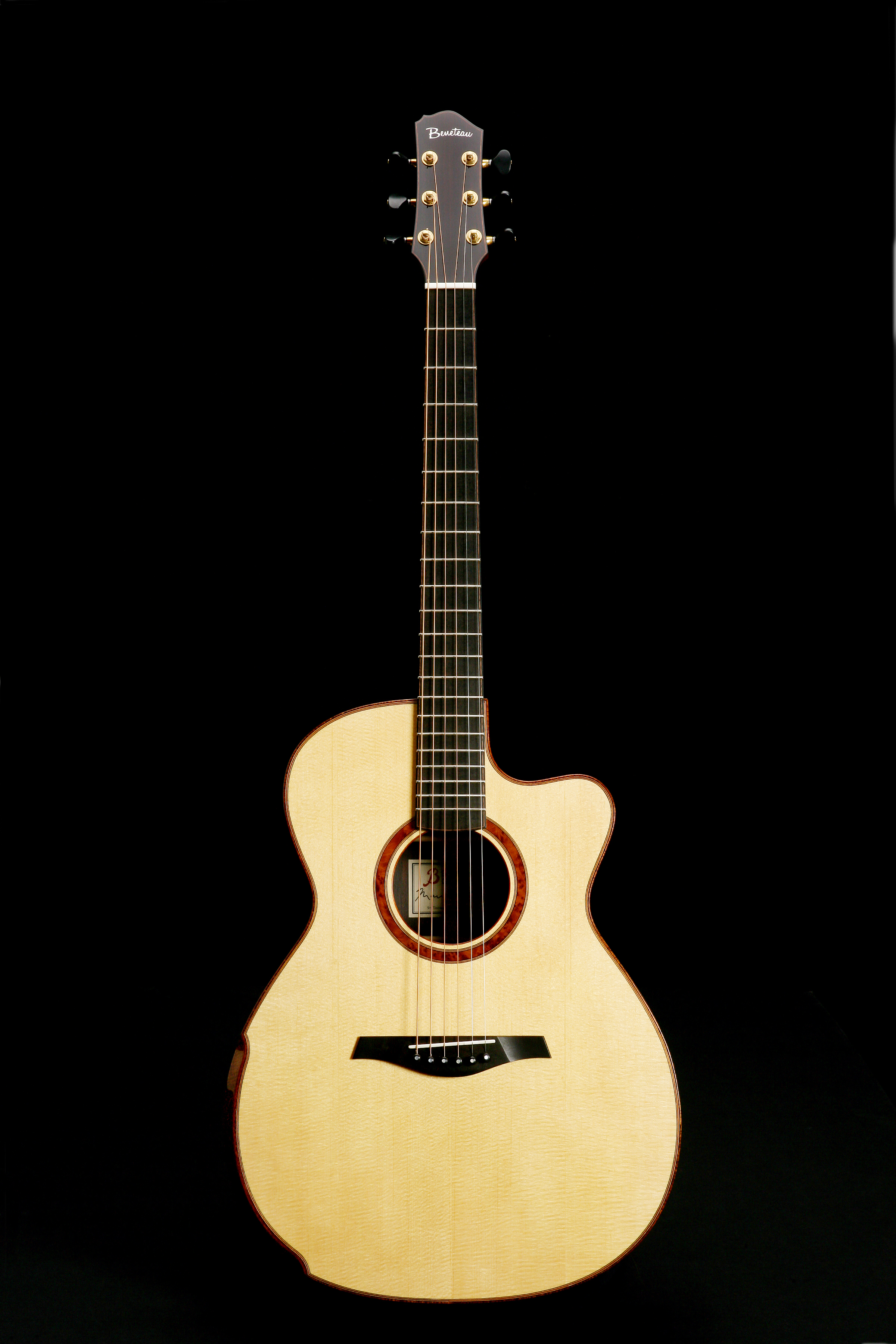 Orchestra Model (OM) - This is arguably the ultimate fingerstyle guitar with strong clear mids and highs. The 15