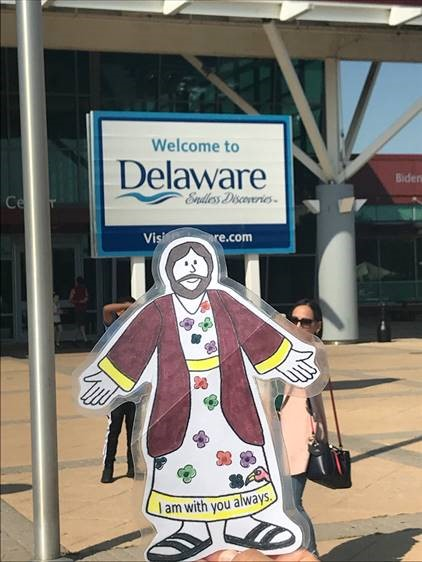 Entering Delaware with the Lauros