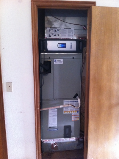 air-handler-and-accu-clean.jpg
