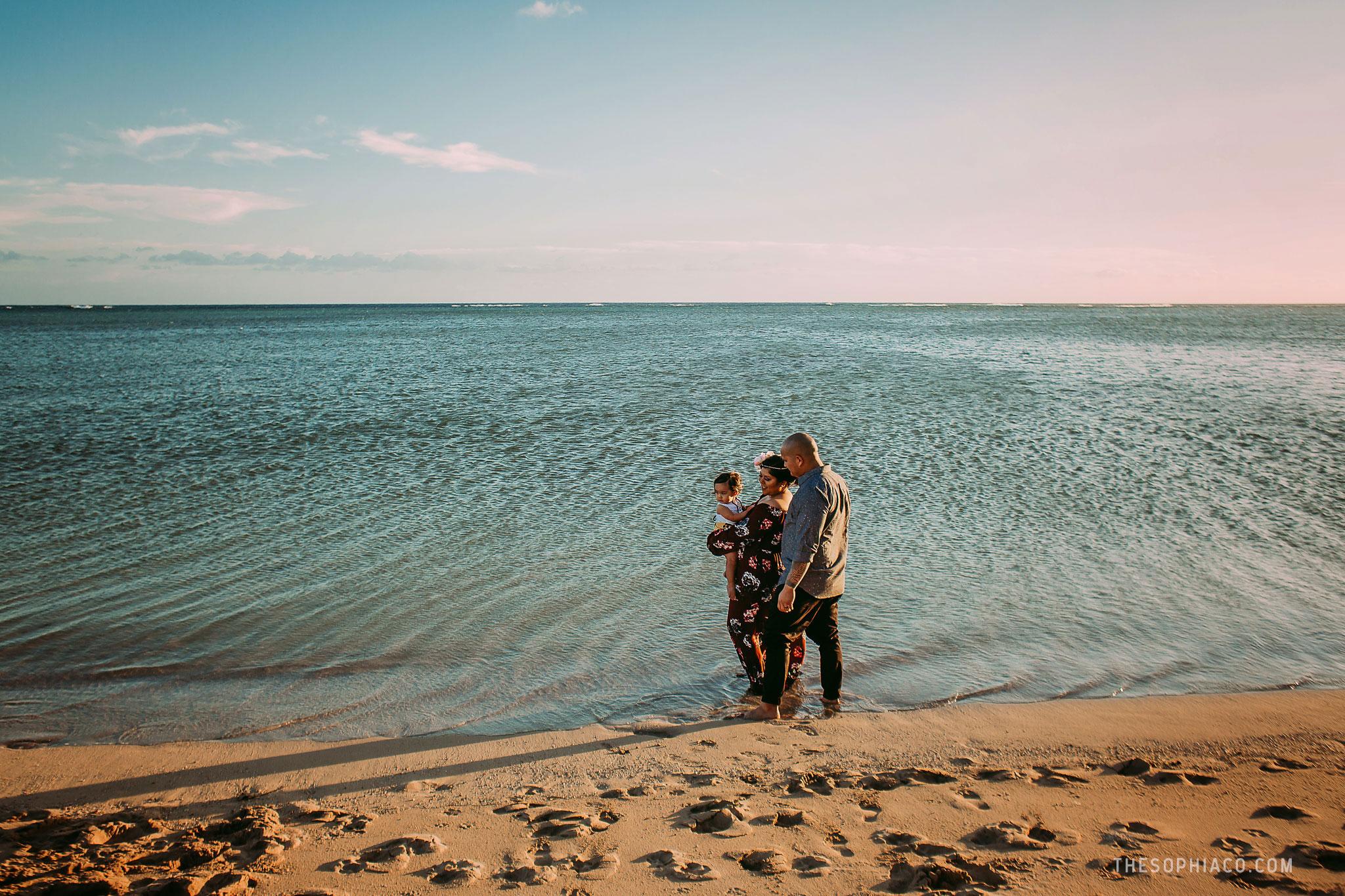 oahu-family-photographer-hawaii.jpg