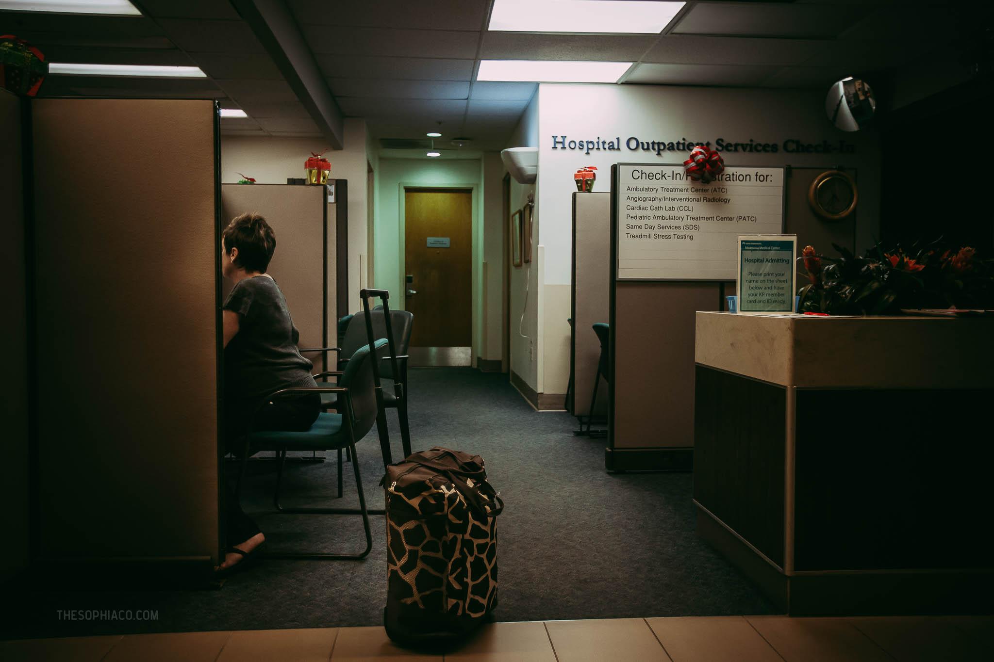 Oahu-Birth-Photographer-scheduled-cesarean-kaiser-03.jpg